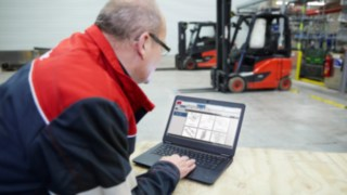 Linde employees during on-site analysis