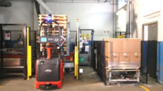 Linde automated forklift truck in use at BASF
